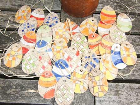 stylischer Osterschmuck aus Keramik - NR: 122