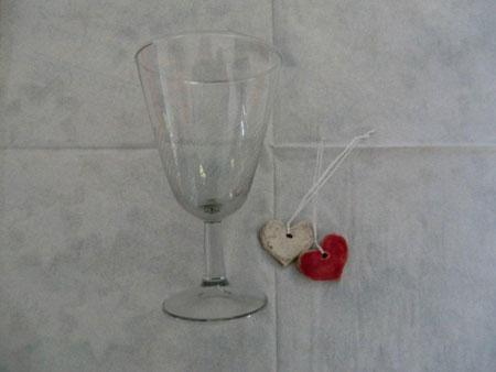 Keramik Tischschmuck Herzen in Rot und Natur - NR: 181