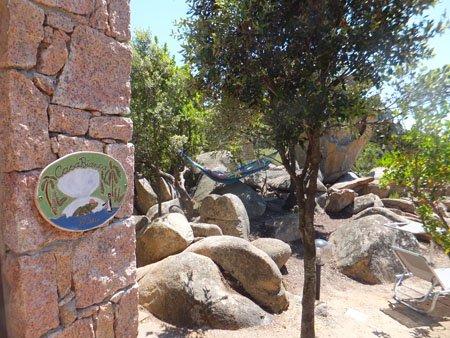 unser handgemachtes keramik tuerschild haengt in sardinien - NR: 196 - VERKAUFT