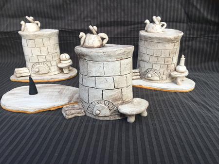 handgemachte Keramik Räucheröfen als Deko in der Vorweihnachtszeit - NR: 221